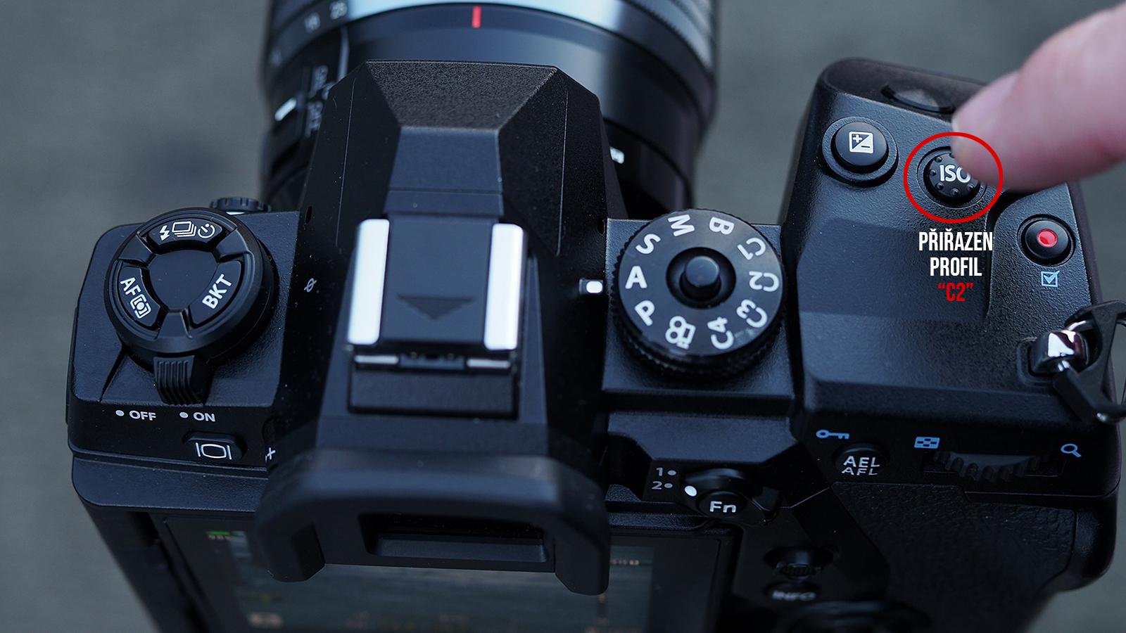 """Jedním stisknutím se foťák přepne do režimu """"ND filtr"""", druhým do standardního režimu"""