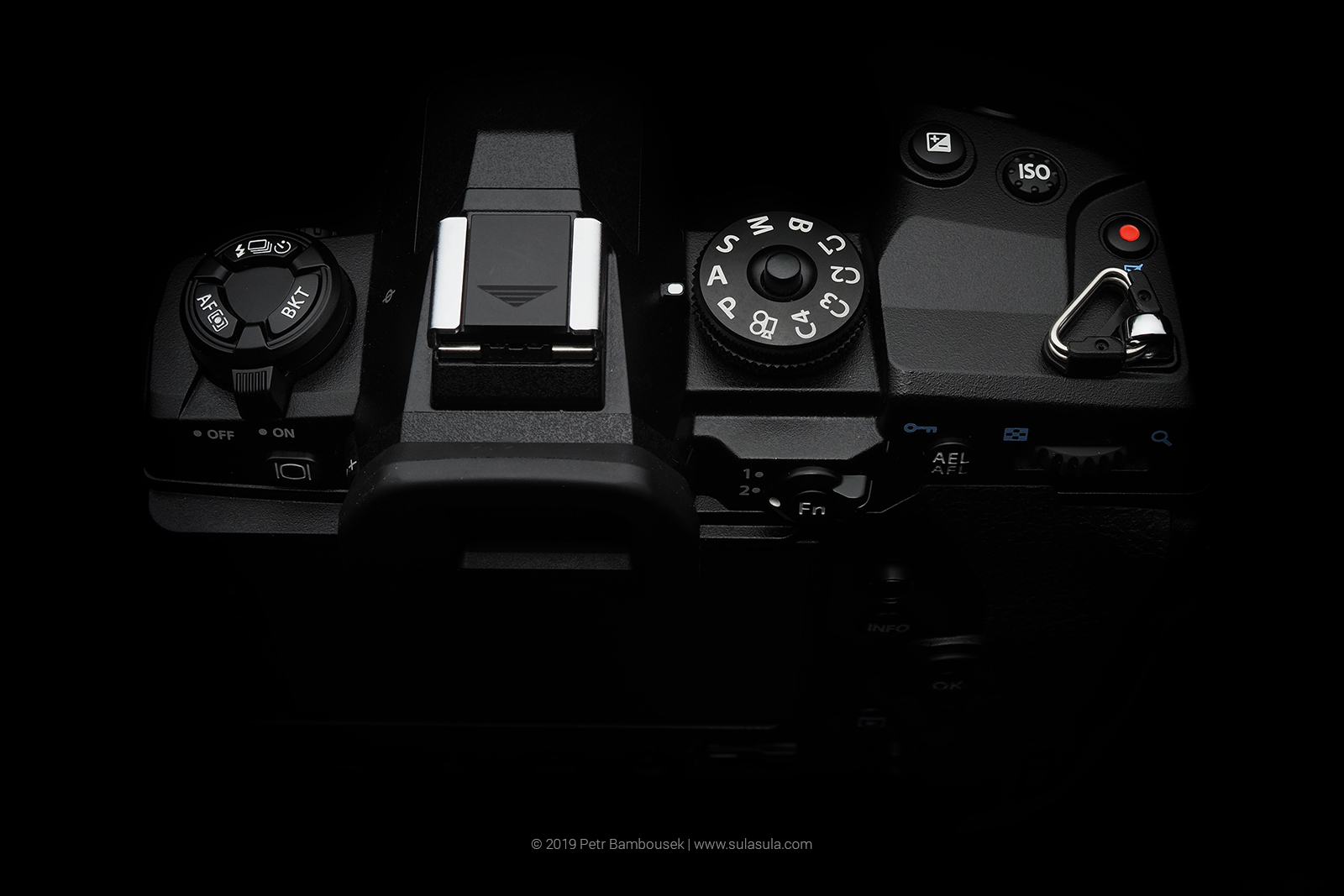Olympus E-M1X - top panel buttons overview